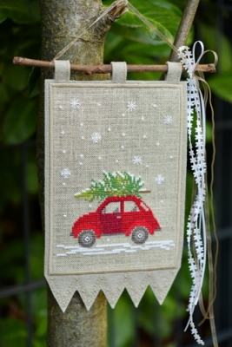 Stickpaket -Wimpel -Auto mit Tannenbaum-