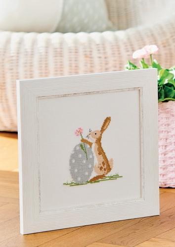 Stickdatei -Hase mit Gänseblümchen-Ei-