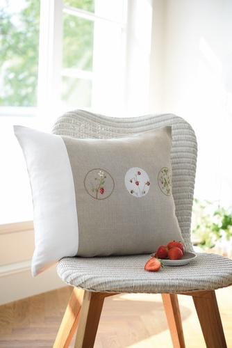 Kissenhülle -Erdbeerkugeln-