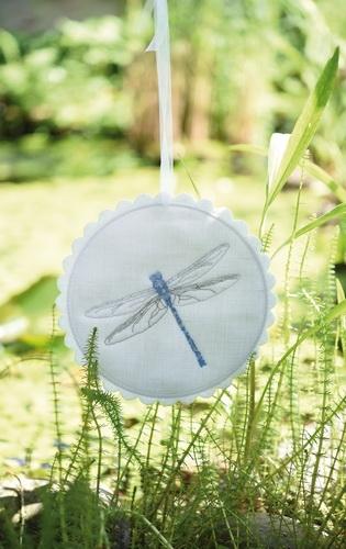Stickbutton -Libelle-, rund