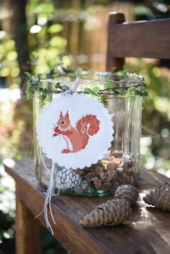 Stickbutton, rund -Eichhörnchen-
