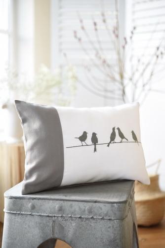 Kissenhülle -Vogelreihe- und -Hasenreihe-