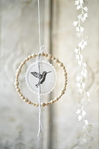 Holzkugelring -Kolibri-