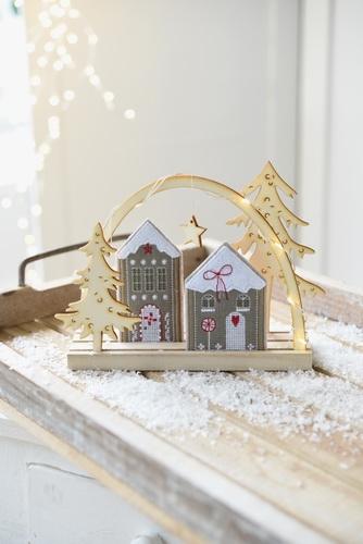Materialpaket -Holzbogen mit Häuschen-