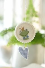 Stickanhänger -Frosch mit Herz-