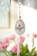 Stickanhänger -Ei mit Tulpe-